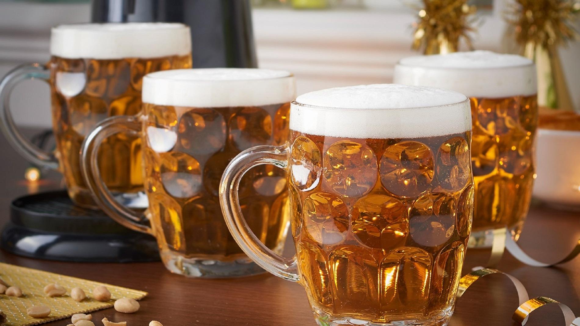 картинки пиво в кружке разливное посмотреть черный молотый перец